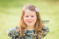 outdoor family photo shoot, family photography in Gateshead, baby photography in Newcastle, Saltwell Park,